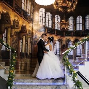 https://iguacugoldendream.com.br/wp-content/uploads/2021/03/capa-casamento3.jpg